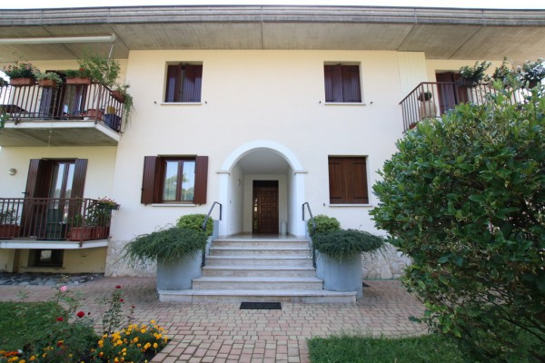 Bilocale Arcugnano Via Monte Castellaro 11