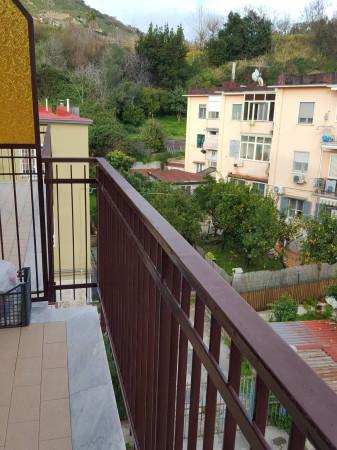 Bilocale Pozzuoli Via Raimondo Annecchino 6