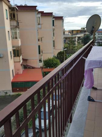 Bilocale Pozzuoli Via Raimondo Annecchino 7