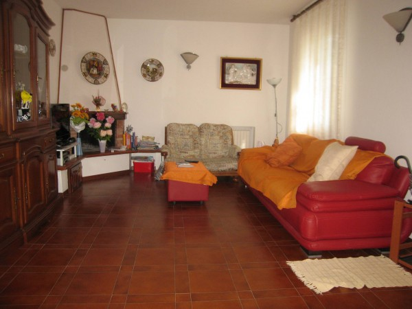 Appartamento in vendita a Massa Lombarda, 3 locali, prezzo € 110.000 | Cambio Casa.it