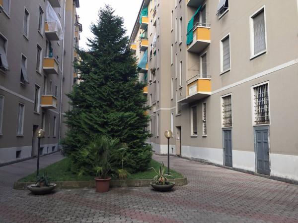 Bilocale Milano Via Salvatore Pianell 3