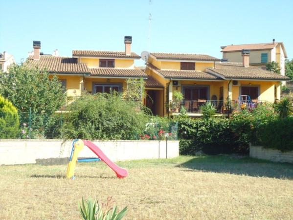 Appartamento in vendita a Riano, 3 locali, prezzo € 139.000 | Cambio Casa.it