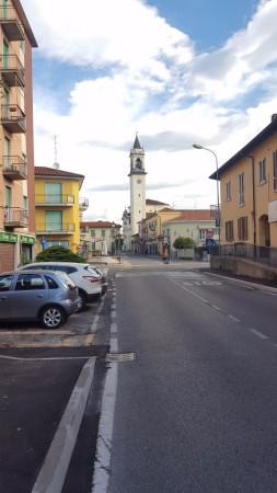 Appartamento in vendita a Lazzate, 3 locali, prezzo € 89.000 | Cambio Casa.it