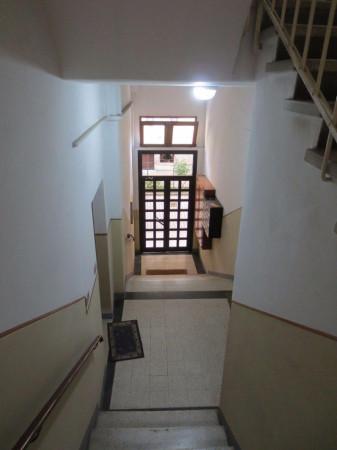 Bilocale Bologna Via Ferrarese 12