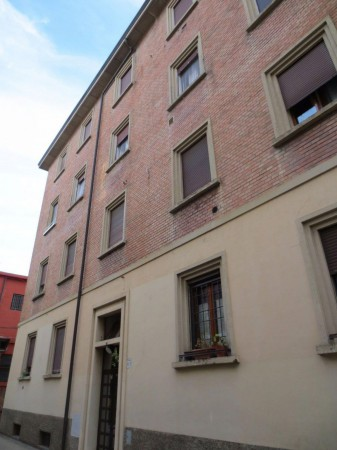 Bilocale Bologna Via Ferrarese 7