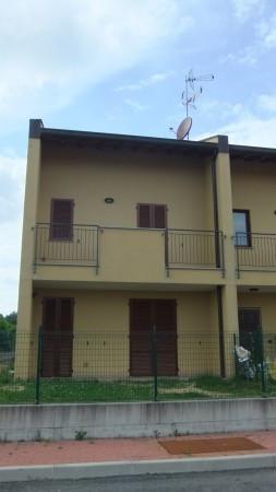 Bilocale Varallo Pombia Via Carlo Levi 1