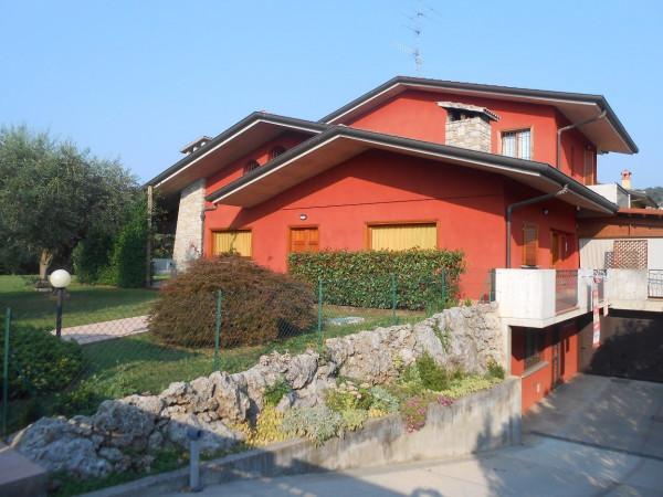 Villa in vendita a Scanzorosciate, 6 locali, prezzo € 820.000 | Cambio Casa.it