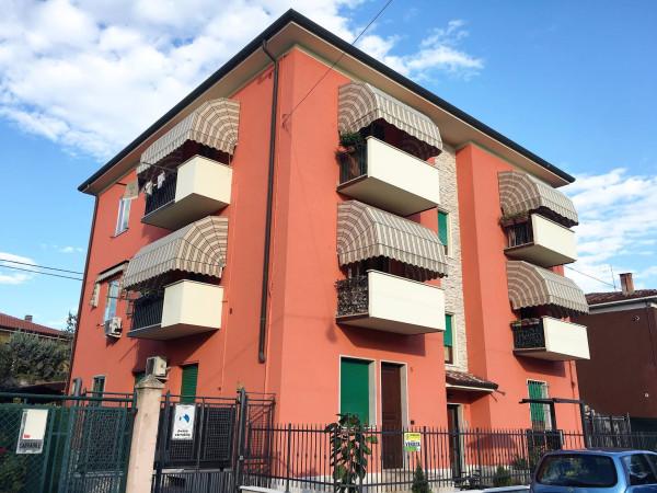 Bilocale Verona Via Angelica 1