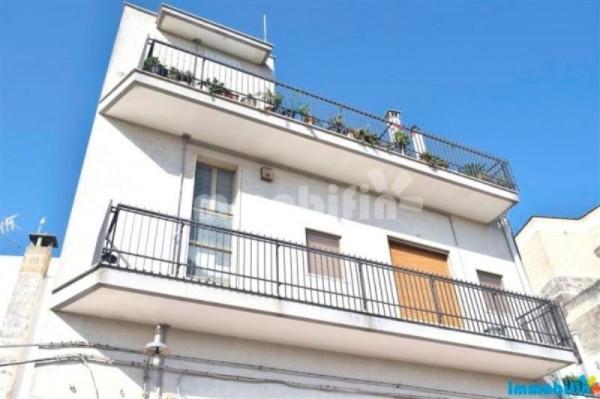 Appartamento in vendita a Oria, 6 locali, prezzo € 140.000 | Cambio Casa.it