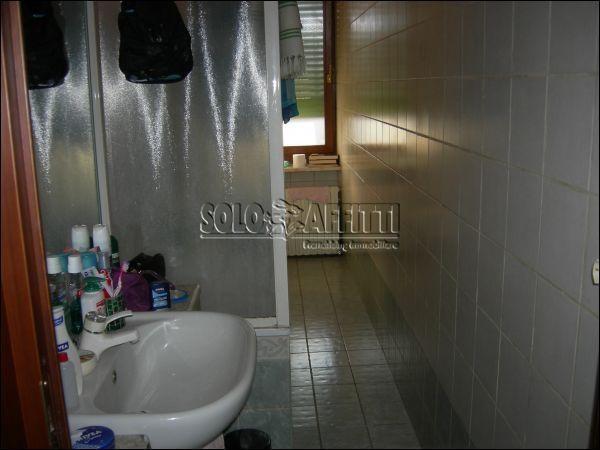 Bilocale Torino Via C. Riccio, 42 5