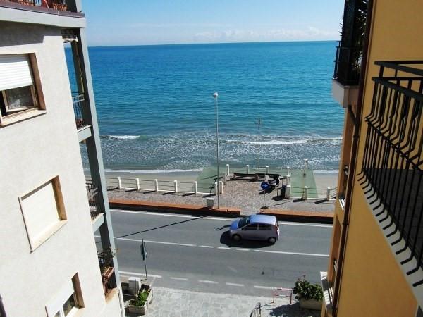 Appartamento in vendita a Laigueglia, 4 locali, prezzo € 475.000 | CambioCasa.it