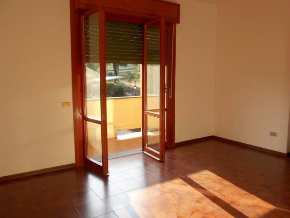 Appartamento in affitto a Pescia, 4 locali, prezzo € 500 | Cambio Casa.it