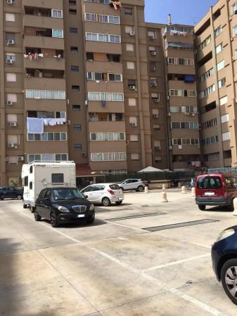 Bilocale Palermo Via Del Bassotto 12
