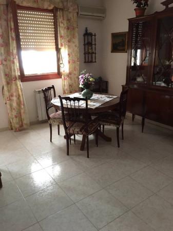 Bilocale Palermo Via Del Bassotto 13