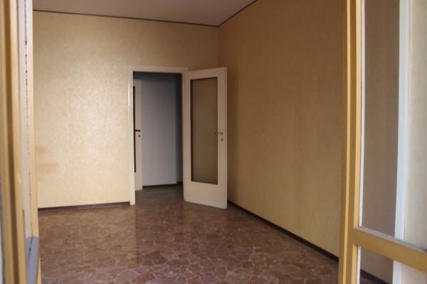 Bilocale Milano Via Privata Tobruk 9