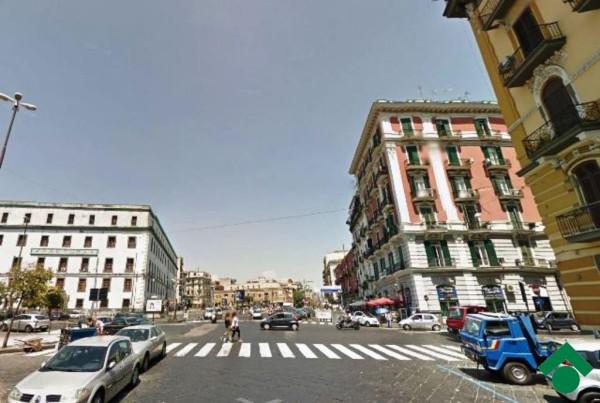 Bilocale Napoli Via Casanova, 106 1