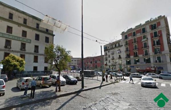 Bilocale Napoli Via Casanova, 106 2
