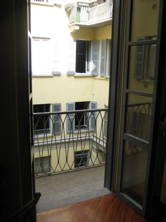 Bilocale Milano Via Della Moscova 5