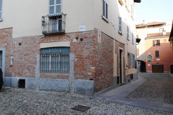Bilocale Pavia Via Porta Pertusi 11