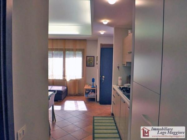 Appartamento in vendita a Ispra, 2 locali, prezzo € 125.000 | Cambio Casa.it