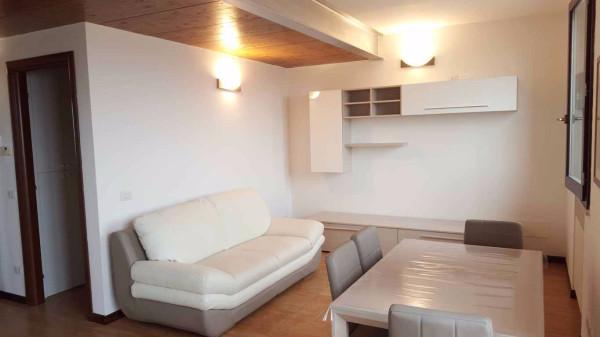 Appartamento in affitto a Mombaroccio, 2 locali, prezzo € 400 | Cambio Casa.it
