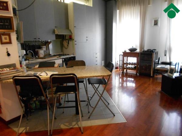 Bilocale Milano Via Gallarate 8