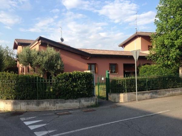 Villa in affitto a Azzano Mella, 4 locali, prezzo € 850 | Cambio Casa.it