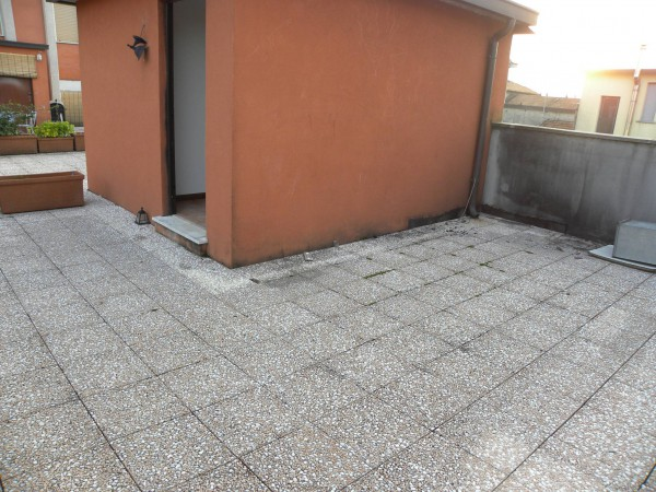 Bilocale Milano Via Attilio Momigliano 1