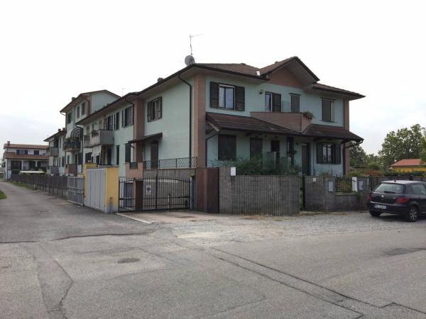 Appartamento in vendita a Crespiatica, 2 locali, prezzo € 80.000 | Cambio Casa.it