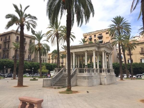 Attico in Affitto a Palermo Centro: 2 locali, 70 mq