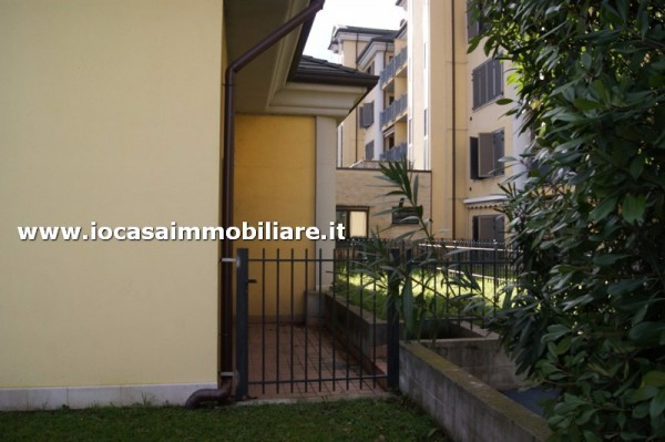 Bilocale Milano Via Rogoredo 2