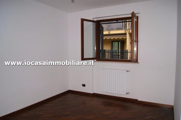 Bilocale Milano Via Rogoredo 4
