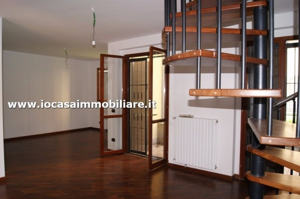 Bilocale Milano Via Rogoredo 6
