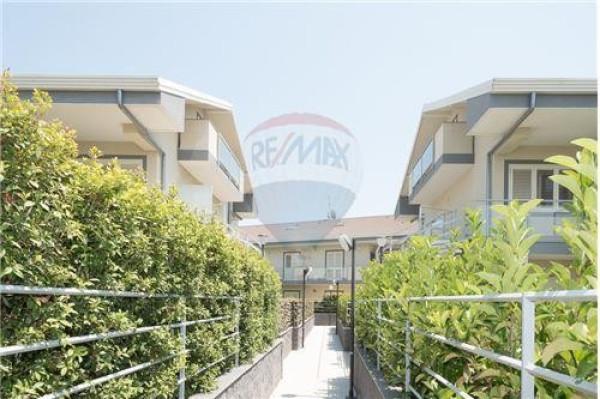 Appartamento in vendita a San Gregorio di Catania, 6 locali, prezzo € 345.000 | Cambio Casa.it