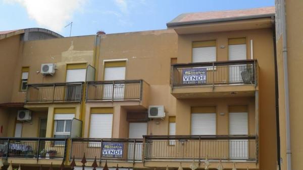 Appartamento in vendita a Paternò, 5 locali, prezzo € 79.000 | Cambio Casa.it