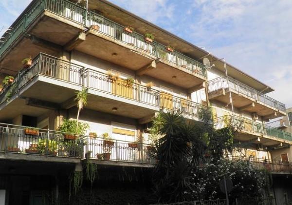 Appartamento in vendita a Paternò, 5 locali, prezzo € 139.000 | Cambio Casa.it