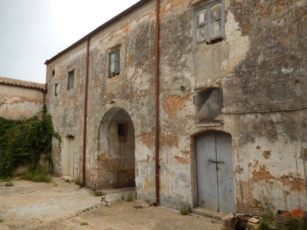 Rustico / Casale in vendita a Partinico, 6 locali, prezzo € 700.000   Cambio Casa.it