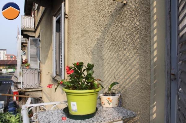 Bilocale Torino Via Ravenna 11