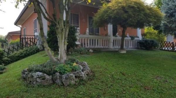 Villa in vendita a Settala, 5 locali, prezzo € 365.000 | CambioCasa.it