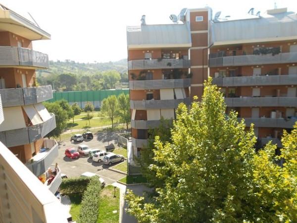 Bilocale Monterotondo Via Del Commercio 13