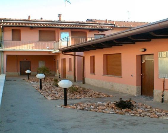 Bilocale Parabiago Via Montebello 1