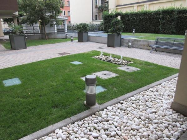 Bilocale Milano Via Giovanni Prati 9