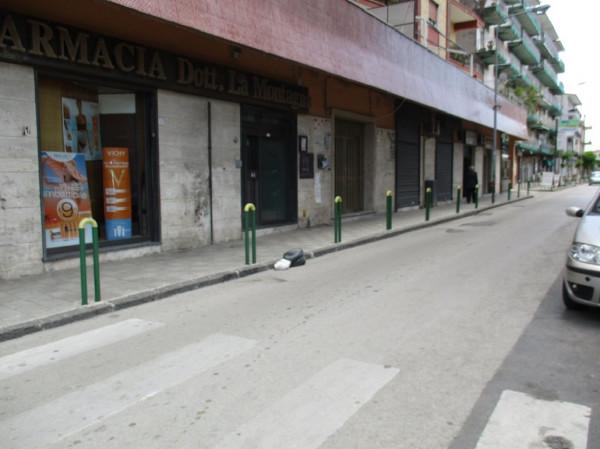 Negozio / Locale in affitto a Acerra, 1 locali, prezzo € 450 | Cambio Casa.it