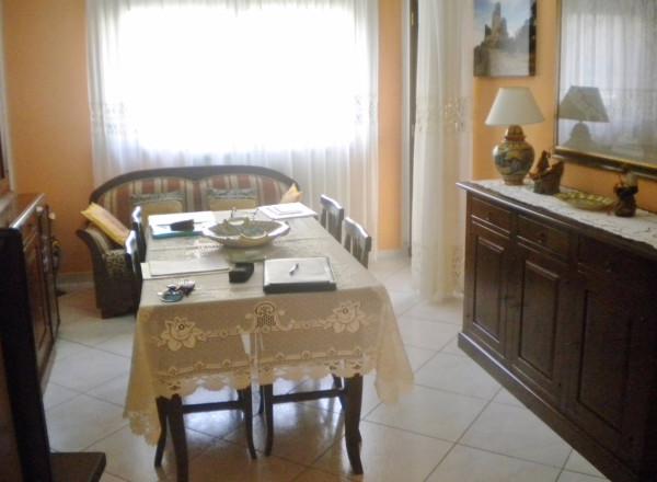 Appartamento in Vendita a Piossasco Periferia: 5 locali, 110 mq