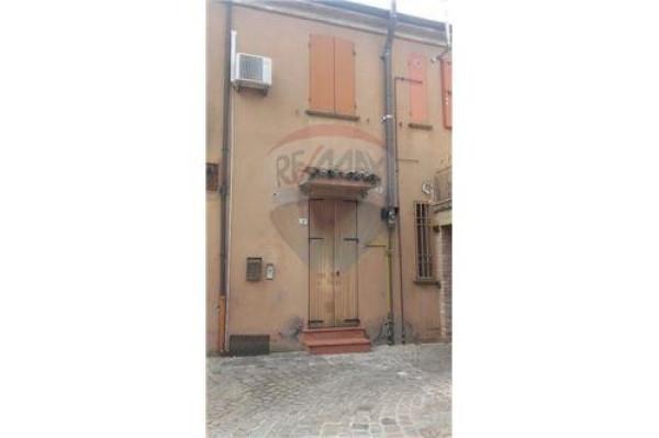 Bilocale Cattolica Via Carlo Cattaneo 1