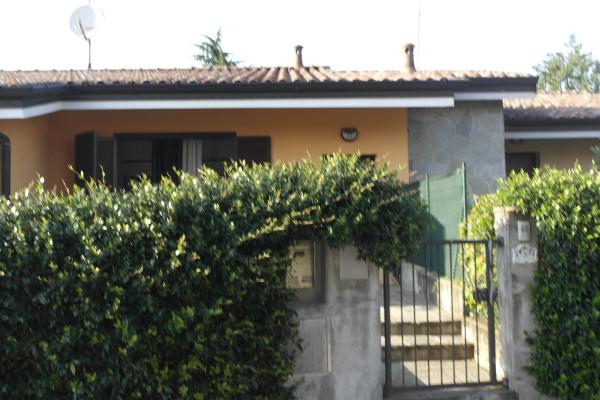 Villa a Schiera in vendita a Leggiuno, 3 locali, prezzo € 175.000 | Cambio Casa.it