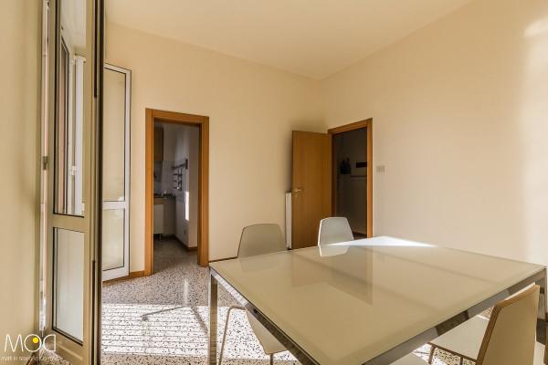 Bilocale Bologna Via Toscana 1
