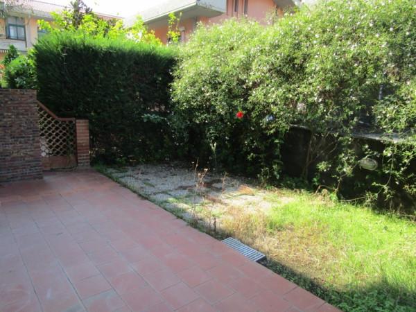 Bilocale Aci Castello Via Firenze 5