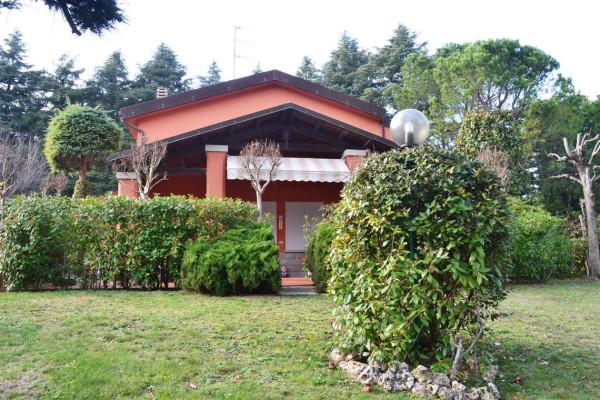 Villa in vendita a Pianoro, 6 locali, prezzo € 450.000 | Cambio Casa.it