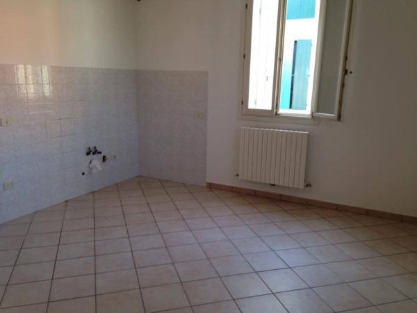 Appartamento in affitto a Novi di Modena, 2 locali, prezzo € 350 | Cambio Casa.it